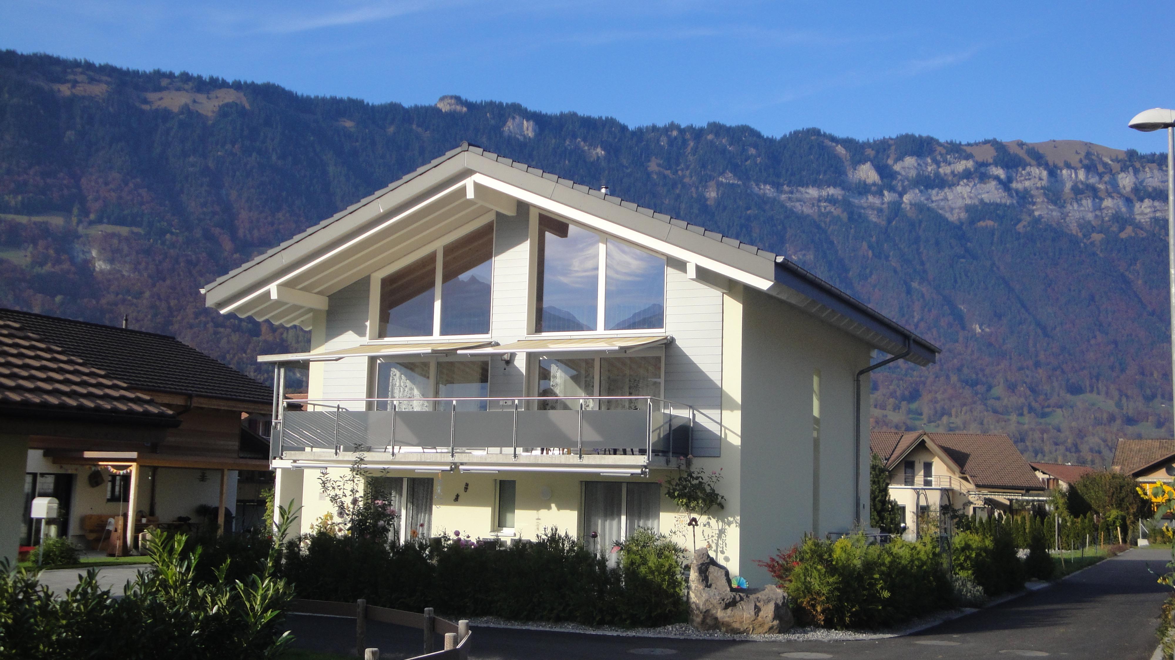 Einfamilienhaus seiler amacher architekten for Architekten schweiz